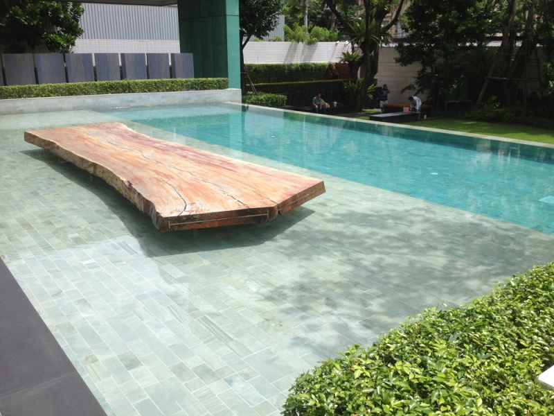 how to clean pool tile naturally