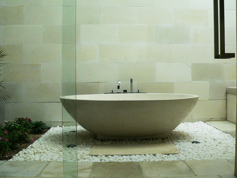 Classic White Limestone for Bathroom Wall (Photo Courtesy Sunsea Resort Vietnam)
